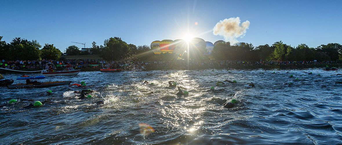Challenge Roth Fotostory:  Das Rother Triathlonfest in 80 packenden Bildern
