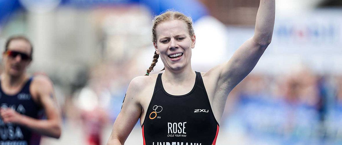 World Triathlon Series: Lindemann  sensationelle Dritte in Hamburg