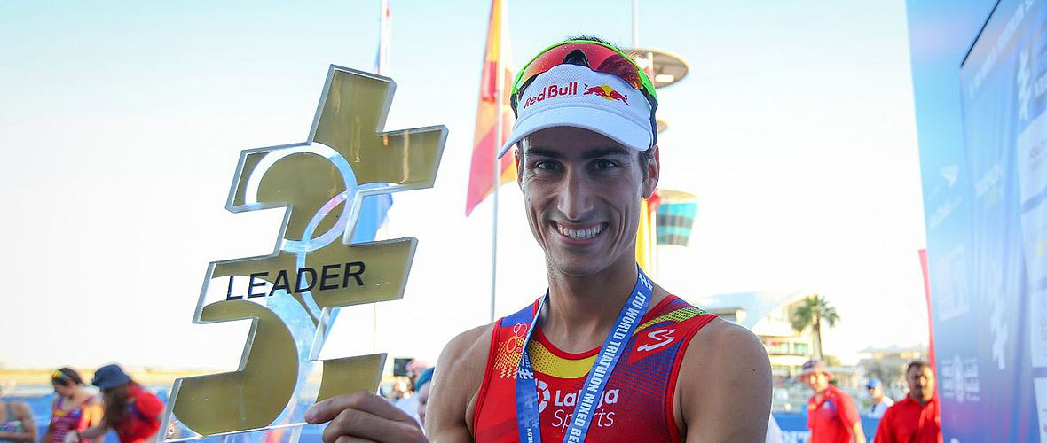 ITU World Triathlon Series: Mario Mola siegt in Abu Dhabi